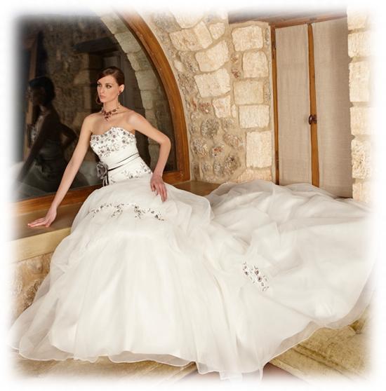 Дорогие свадебные платья в салоне Флер д'Оранж